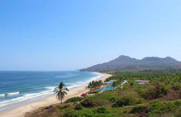 Litibú, Nayarit Beckons Beachgoers & Golfers to Laid-Back Paradise