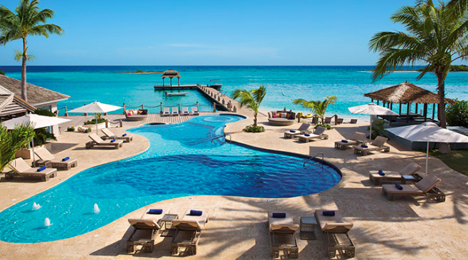 Hit the Beach in Jamaica at Zoëtry Montego Bay!